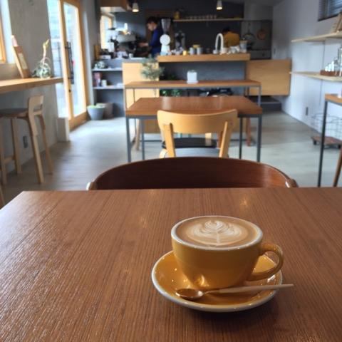 疲れたら商店街のカフェで休憩も(紡ぐ珈琲と。)